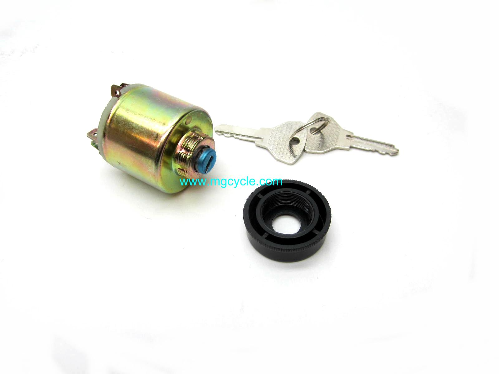 Ignition switch with 2 keys, V700 Ambassador Eldorado 850GT