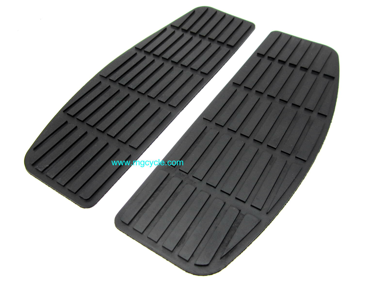 Floorboard rubber mat, pair, flat version