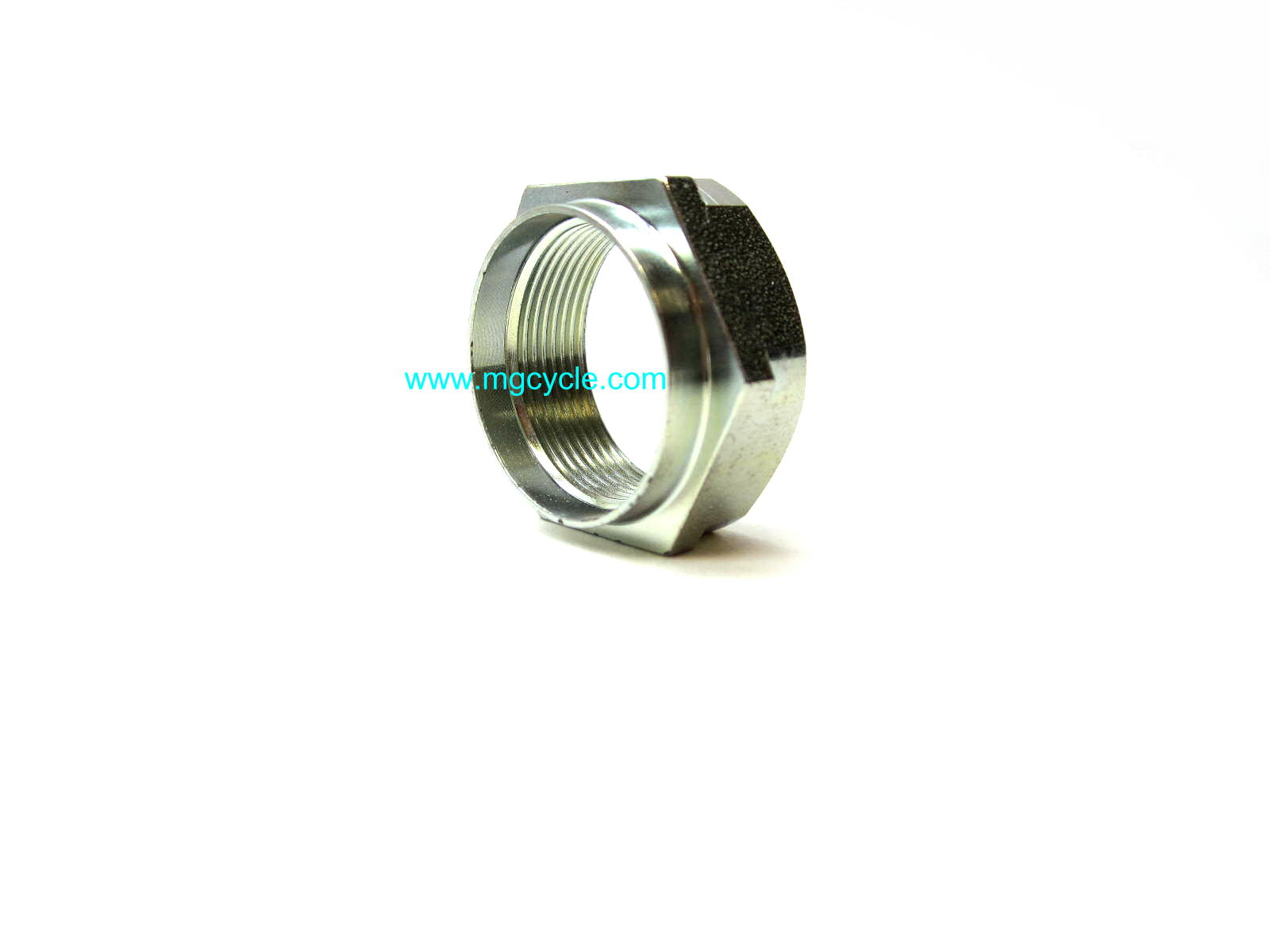 Output shaft securing nut can be used on input shaft GU14219310