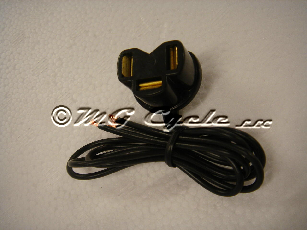 3 wire headlight plug socket with pigtail