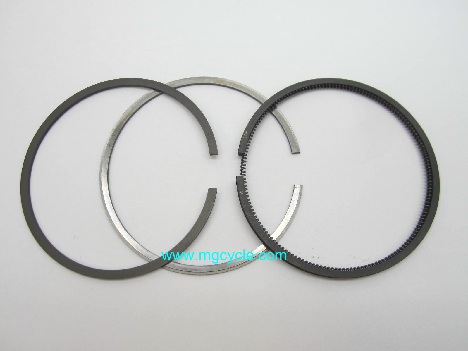 Piston ring set most V65s, 80mm bore