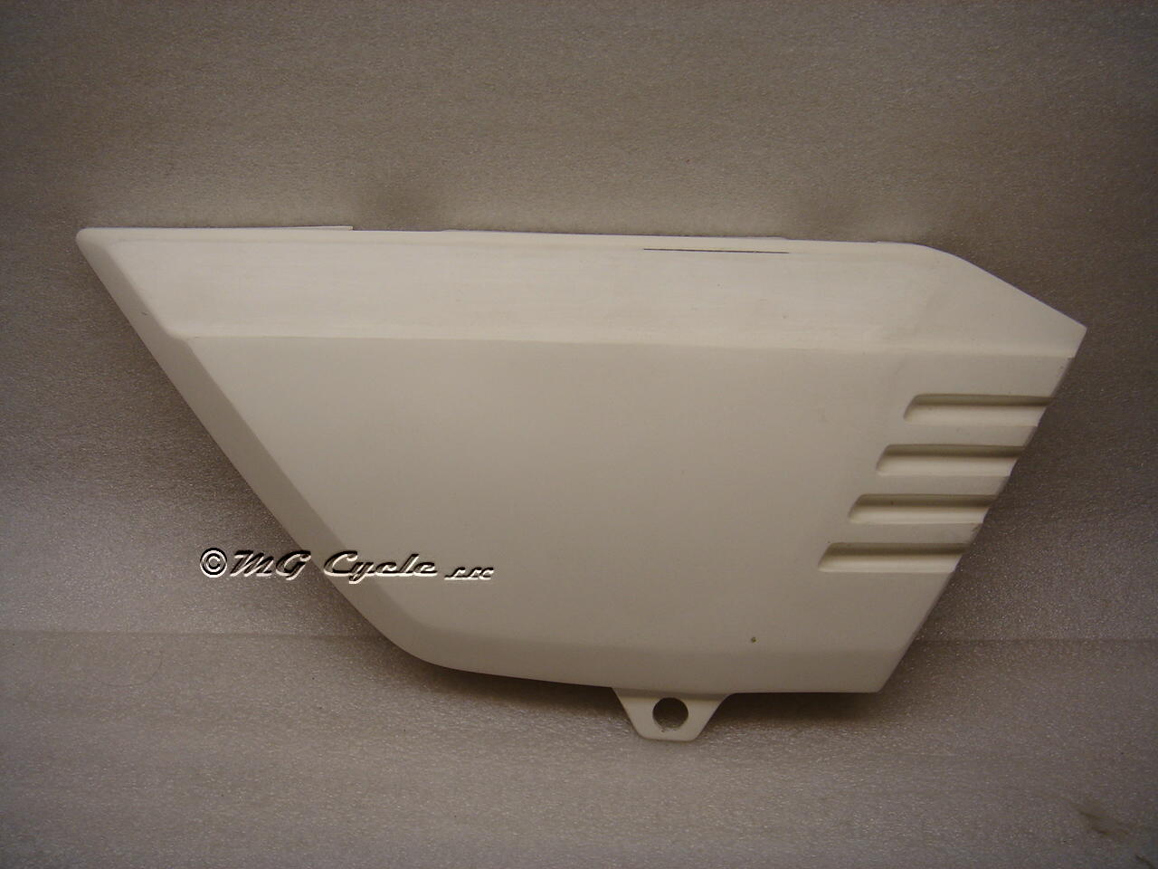 replica side cover V50 Monza, right, one piece fiberglass, V65SP