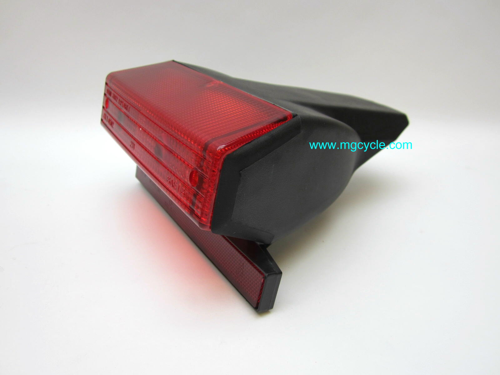 Tail light LeMans I/2 CX SP V50 2/3 Monza GU19740900