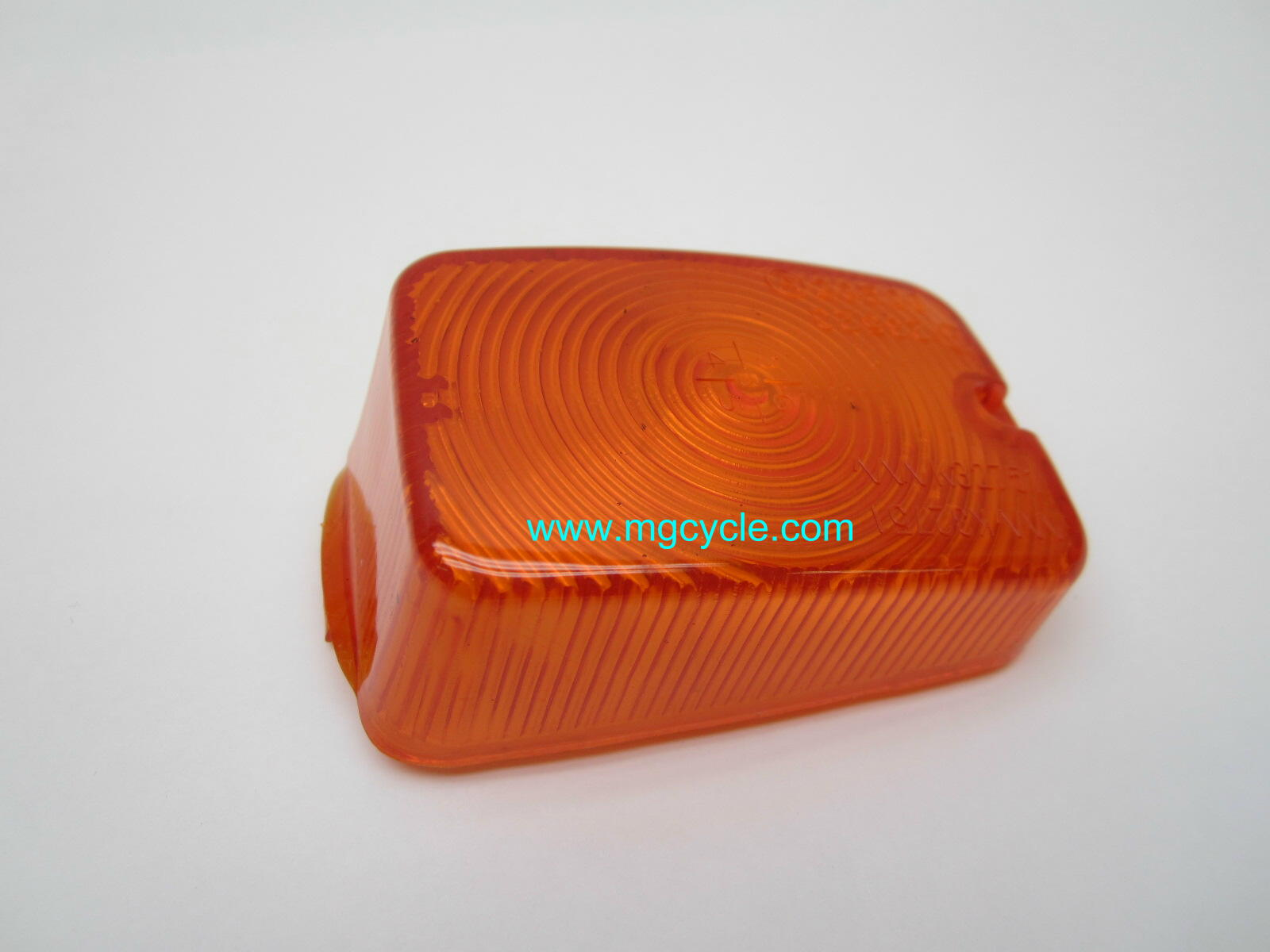 turn signal lens for rectangular turn signal
