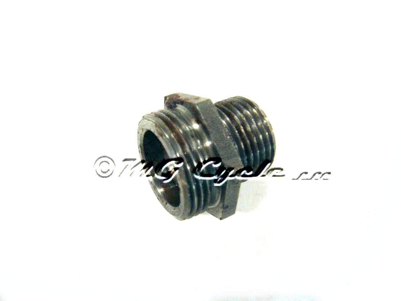oil filter adapter for larger 30153000 oil filter