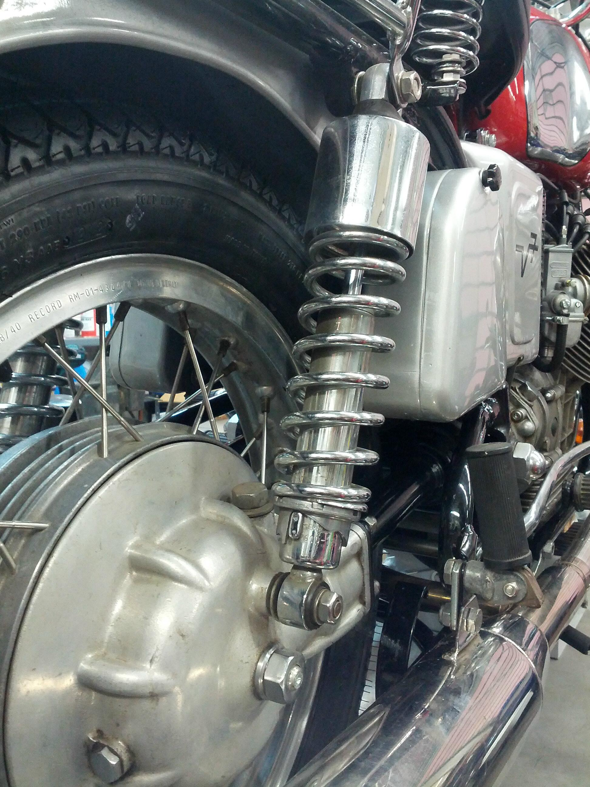 IKON shock aborber set for short swingarm models, all chrome