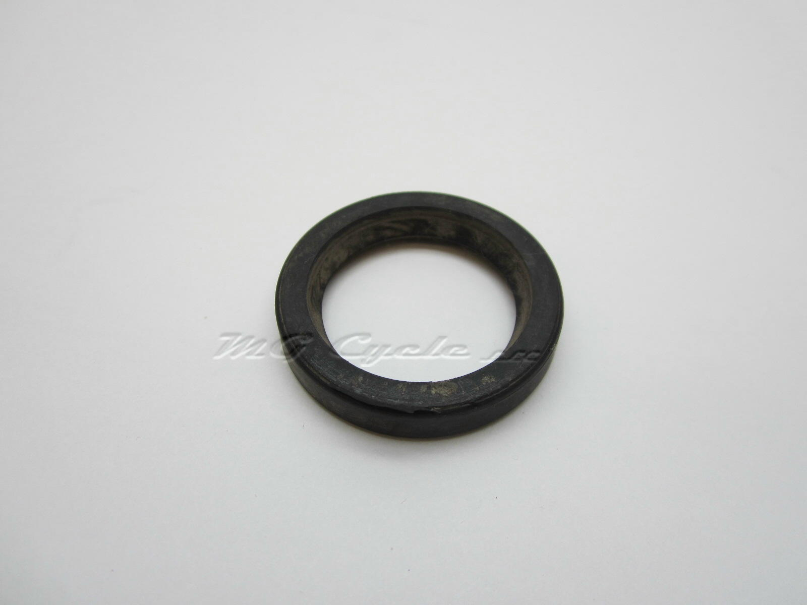 Transmission output seal, V35 V50 V50II, sub for input seal