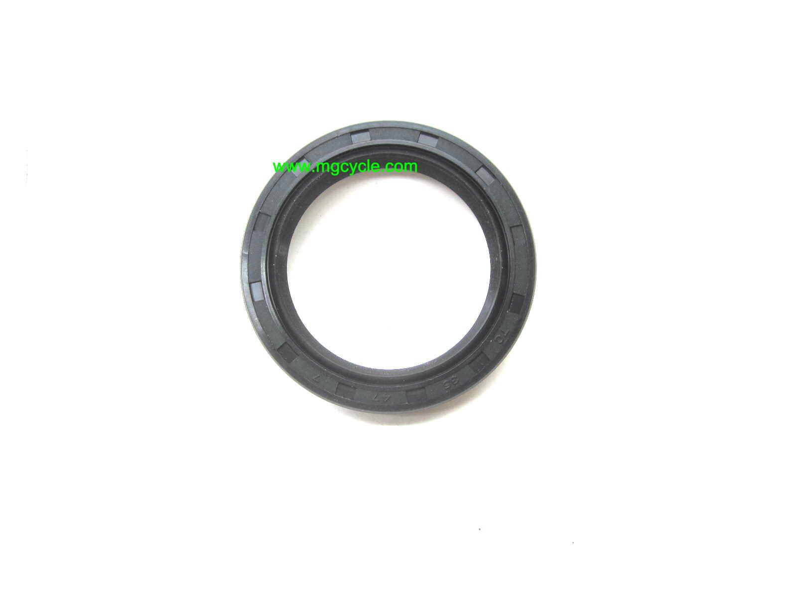 transmission output seal, 4 and 5 speed, also rear drive V50 V65