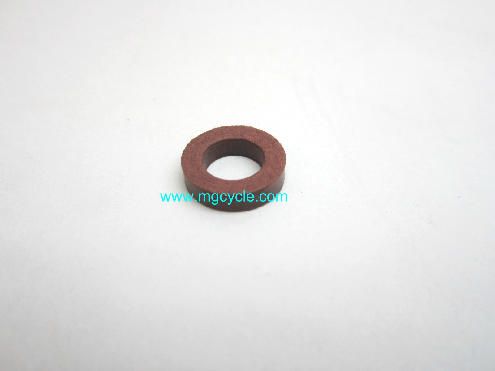 Gasket for carburetor manifold bolt, thick fiber washer
