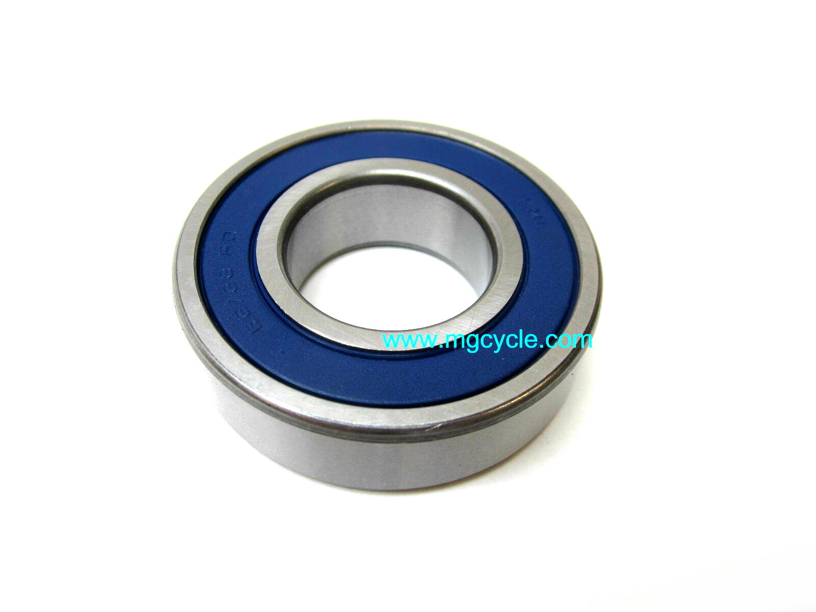 Universal joint carrier bearing, drum brake
