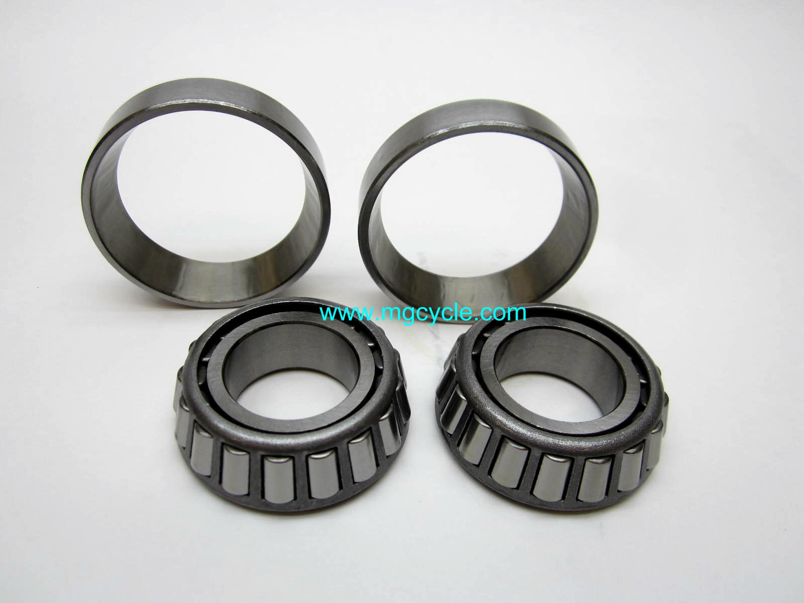 Pair steering head bearings 1967 to 2010, V7s, pinion bearing