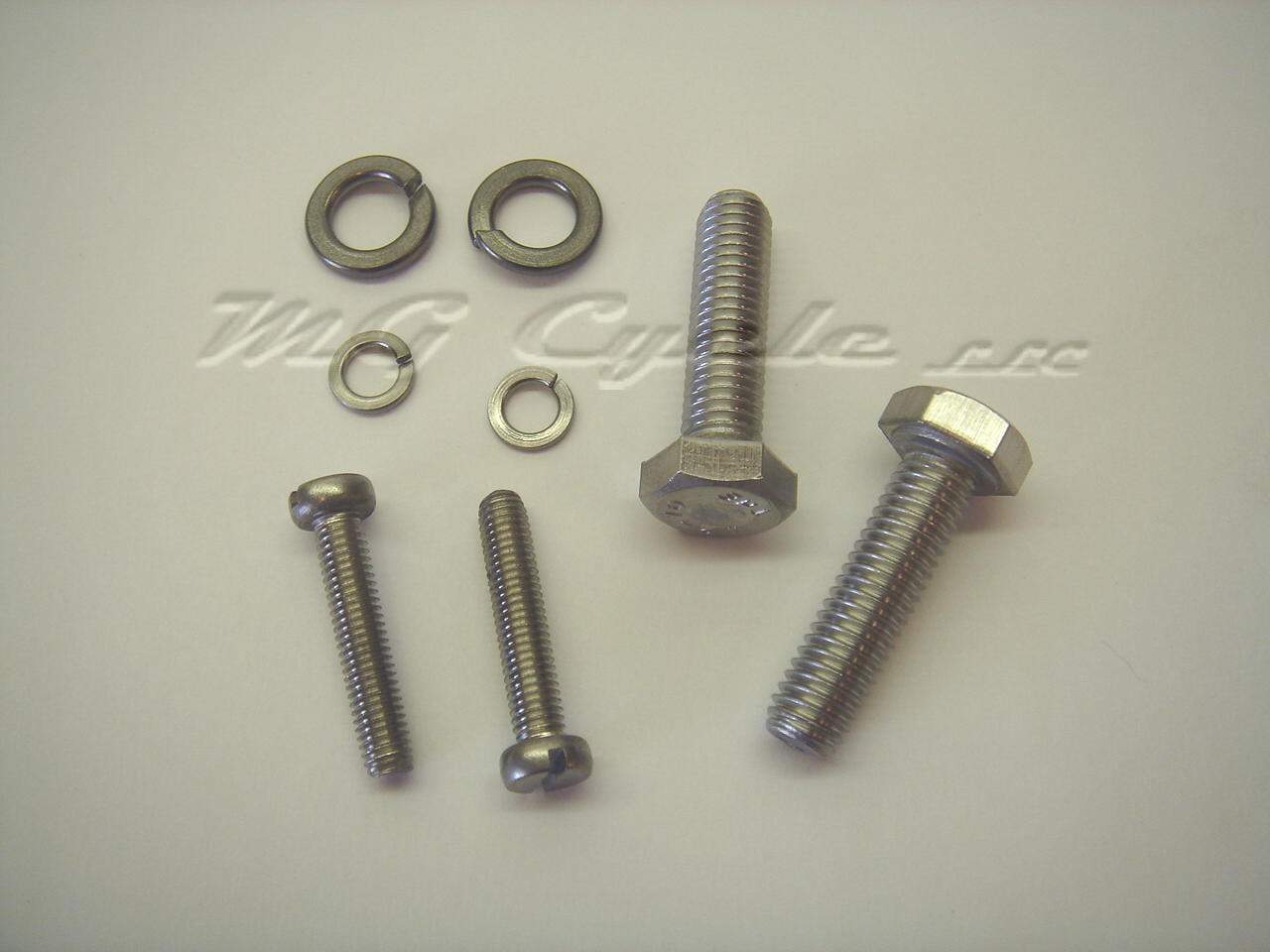 Stainless steel bolt kit for Marelli dual point distributors