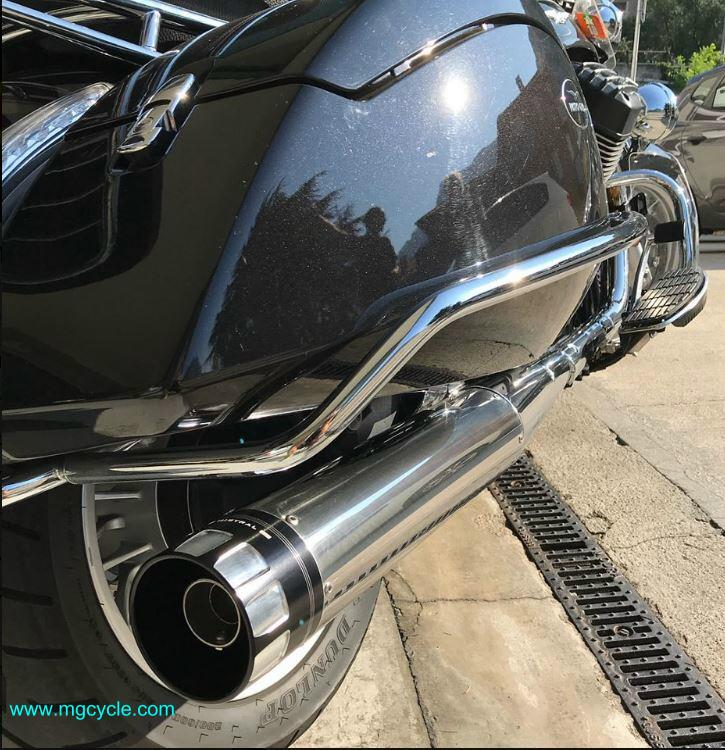 Mistral slip-on mufflers California 1400, polished stainless