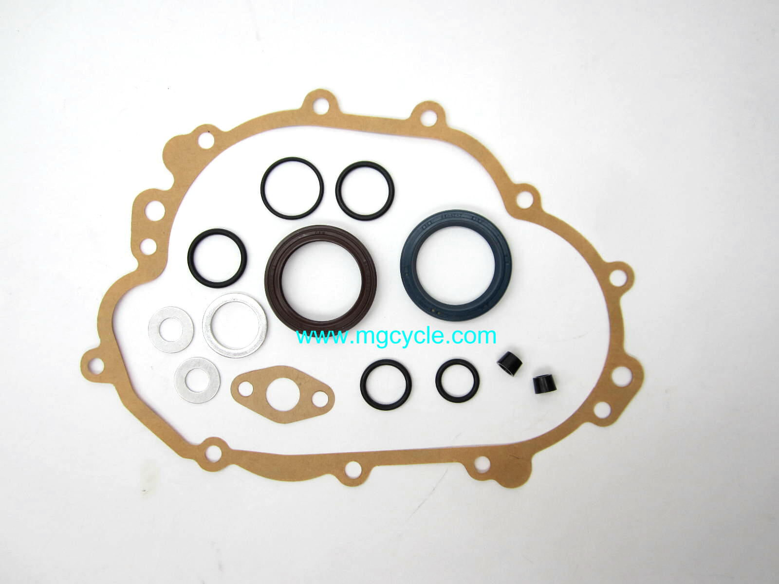 5 speed rear transmission cover gasket, big twins