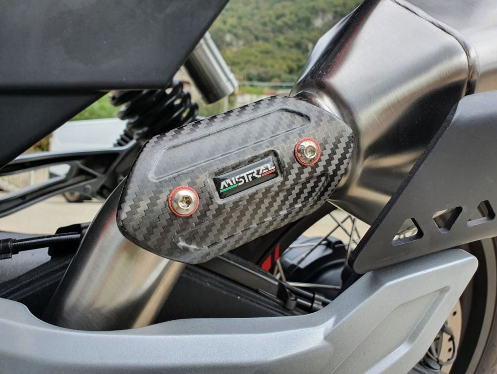 MISTRAL EXAGON slip-on muffler for V85TT